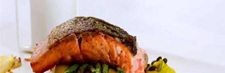 245 Baht Friday's Grilled Norwegian Salmon Fillet at Steak & Co Pattaya