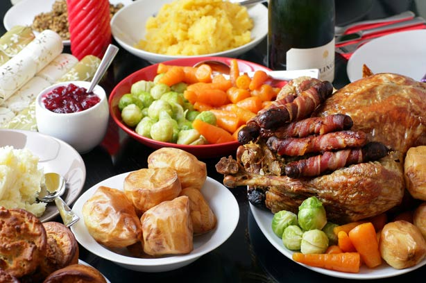 Inspire Pattaya -- Christmas Dinner at Shenanigans Irish ...