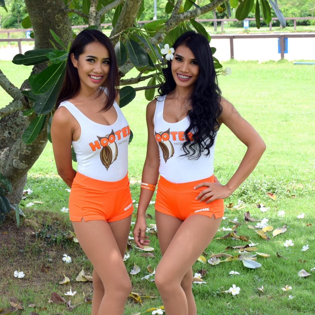 Abby Hooters Calendar May : Inspire pattaya hooters ain t what they used to be
