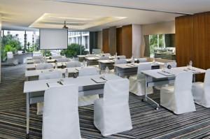 Pattaya-Meeting-Room-03-585x390