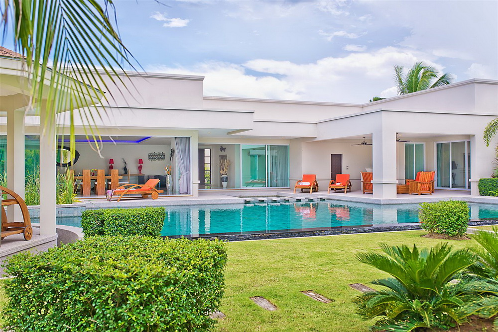 4 Bed Award Winning Luxury House For Sale In East Pattaya