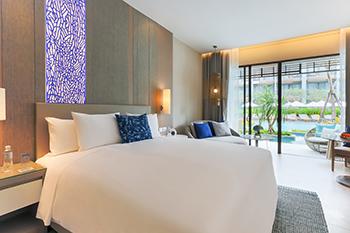 Renaissance Pattaya Resort & Spa - Deluxe Pool Access