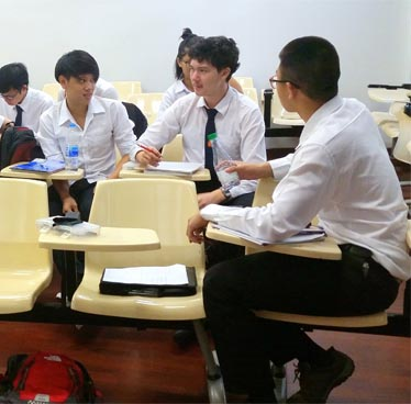 Do Thai Students Know How to Think?