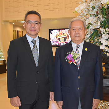 D Varee Jomtien Beach, Pattaya gave a warm welcome to Thai Privy Councilor Surayud Chulanont
