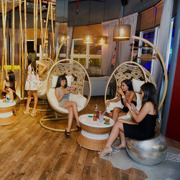 Ladies Night at The Roof at The Avenue – 30 August 2018