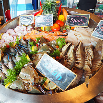 """All You Can Eat """"Seafood BBQ Dinner"""" Buffet at Siam@Siam Design Hotel Pattaya"""